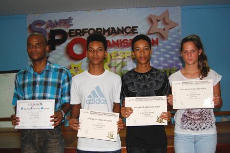 les lauréats du club présents